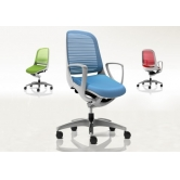 Офисное роботизированное кресло для персонала Okamura Luce