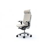 Офисное кресло руководителя Okamura Contessa в коже